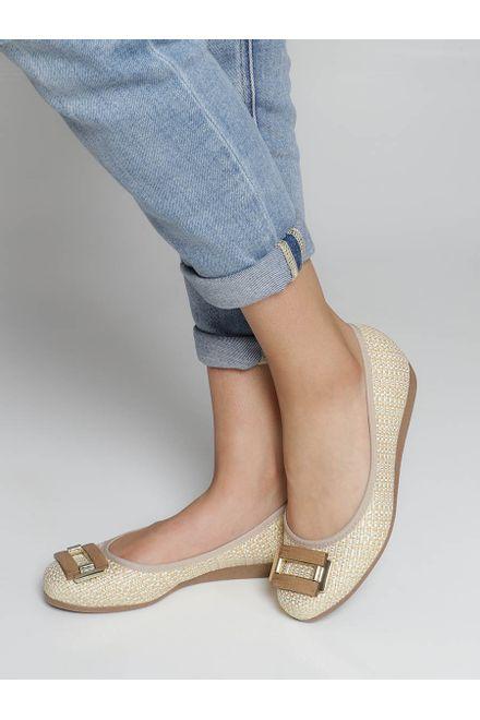 Sapato-Anabela-Moleca-Trama